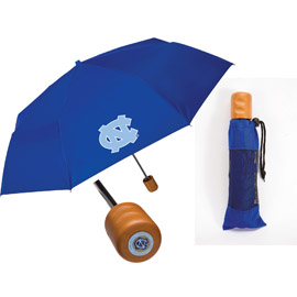 Medallion Oak Wood Handle Folding Umbrella
